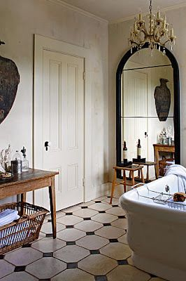 Classic black and white with a stark romanticism. A study in contrasts. Found on brabournefarm.blogspot.com