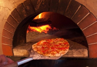Avella's Pizza